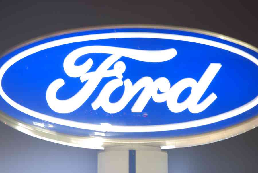 Ford Dealership In Texas Ford Car Dealer Sign - Brian Humek Photography