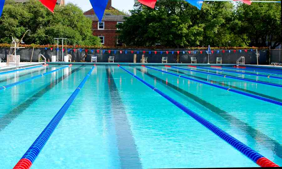 olympic sized swimming pool at smu